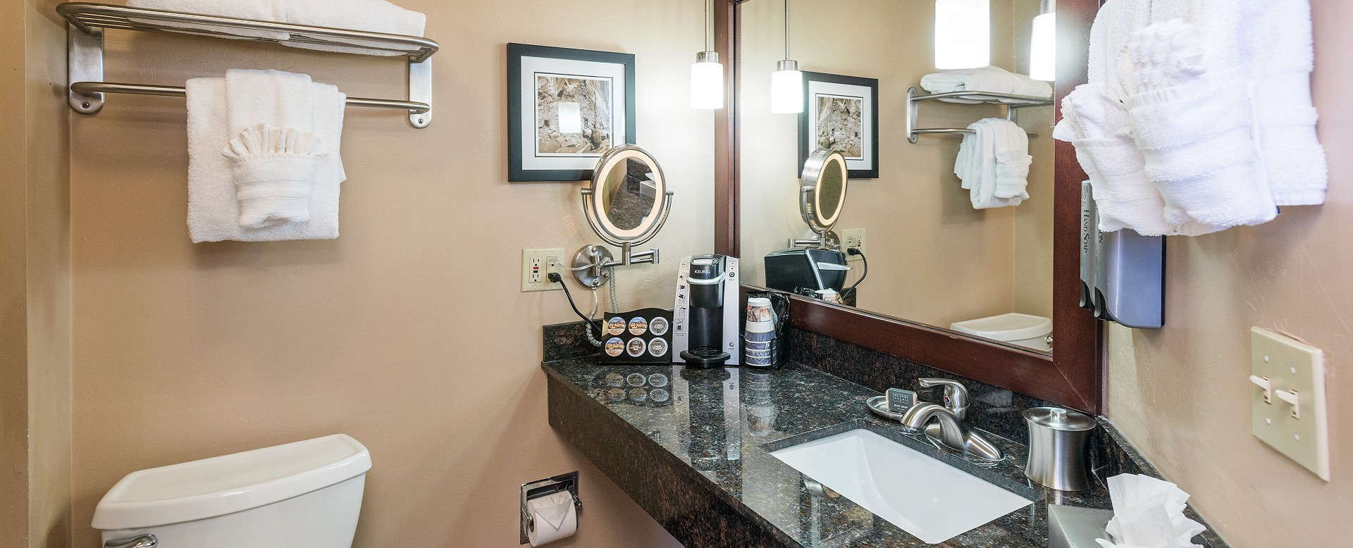 Best Western Plus Inn of Sedona-Guest Bathroom