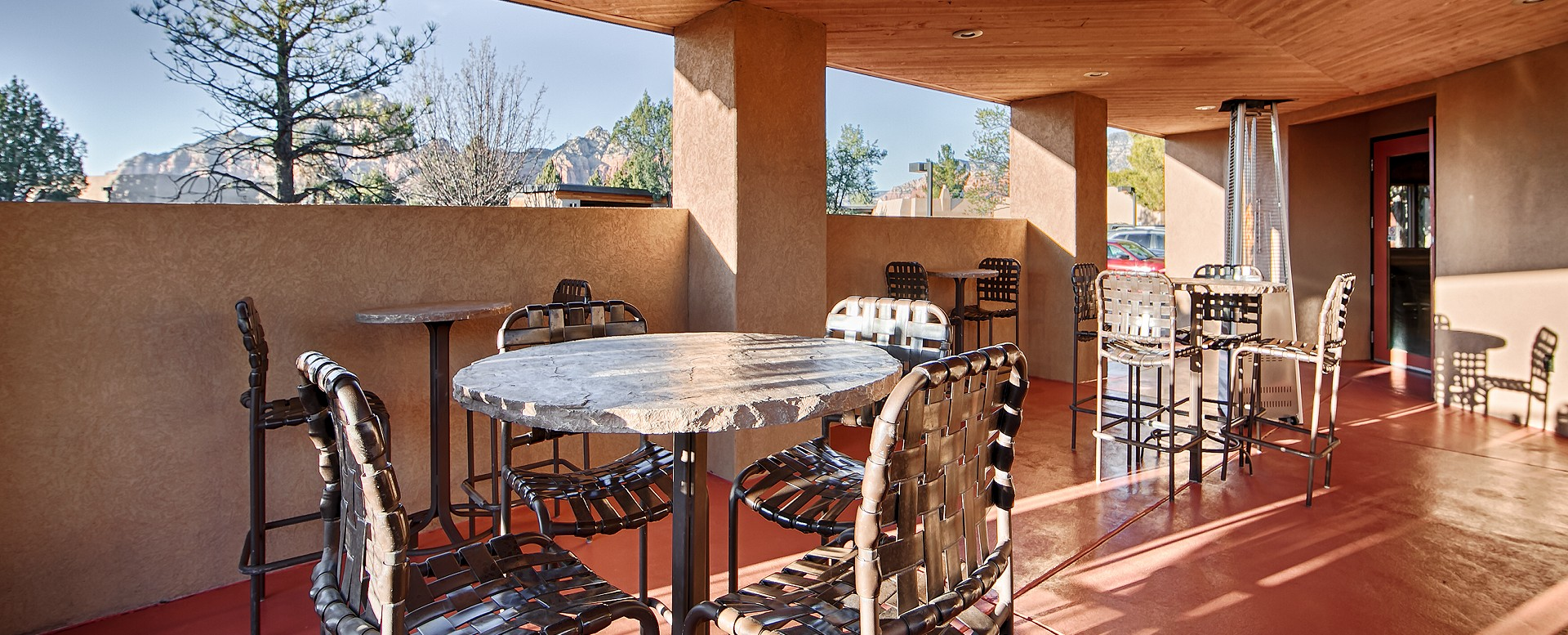 Best Western Plus Inn of Sedona-Outdoor Dining Area